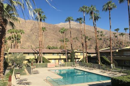 Perfect Palm Springs getaway - Palm Springs - Condominium