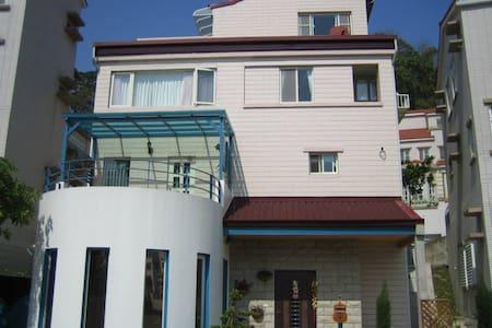 近新竹科學園區的希臘式溫暖別墅小屋 - 新竹縣寶山, TW - Villa