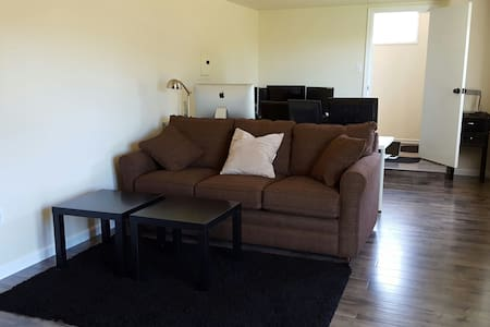 New Modern Studio, 4blks to BART - El Cerrito - Haus