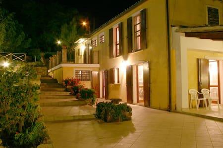 Exclusive Country House & Pool - Whole House - Poggio Morello - Villa