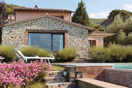 Villa Trasimeno - House