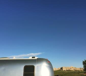 Dreamy Airstreamy - Lakókocsi/lakóautó