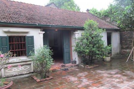 Nha co 200 nam tuoi tai Tien Du Bac Ninh - House