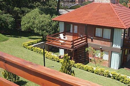 Cabaña para descansar y disfrutar 2 - Villa Gesell - Chalet
