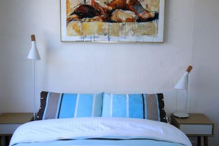 Hello Sunshine Waterfront Geelong - Apartment