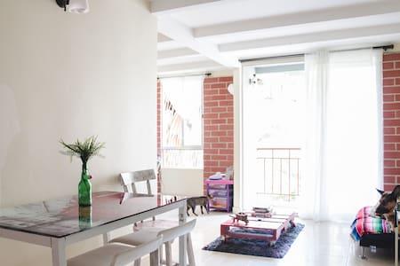 Apartamento acogedor y campestre - Medellín - Apartment