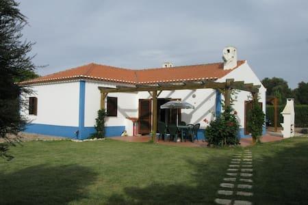 Family-friendly 3 bedroom villa - Odemira - Casa