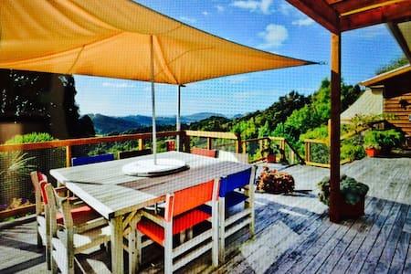 The Ridge Luxury Country Lodge - Puhoi - Hus