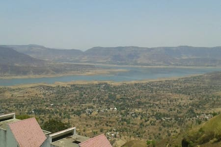 KB room 1 double bed - Panchgani - Bed & Breakfast