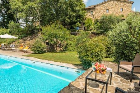 S. Biagio a Colle Residenza d'epoca -Casa Castagno - San Leo Bastia - House