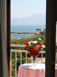 Cheap room in Chersonissos,  Crete - Bed & Breakfast