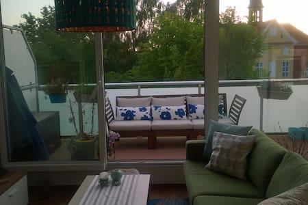 Schöne Wohnung nahe am Ostseestrand - Barth - Apartament