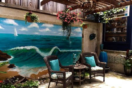 The Cambria Sea Star-B&B - Cambria