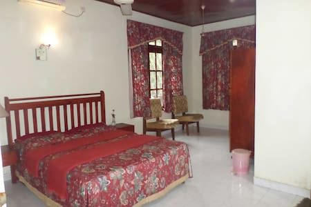 Vista BnB Badulla Police Station - Bed & Breakfast