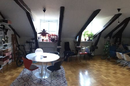 Loft studio Södermalm central - Stockholm - Apartment