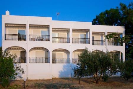 1 BD, Apartment, Waterfront in Akti Salonikiou - Akti Salonikiou