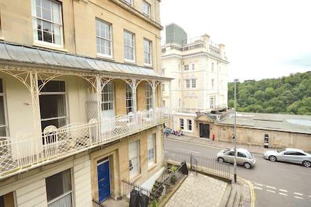 Stunning Clifton Village, balcony with bridge view - Bristol - Apartamento