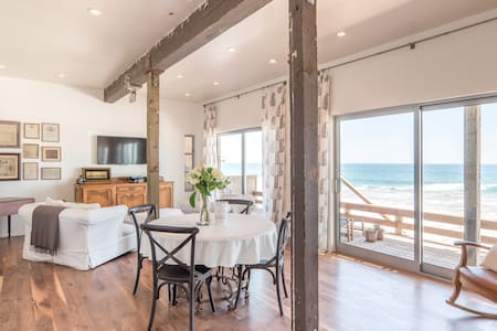 Malibu By The Sea Beachfront Apt - Malibu - Wohnung