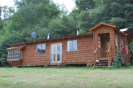 Cabin (Cabaña) Curarrehue - Cabin