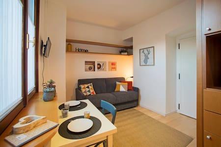 Centro storico monolocale accogliente - Appartamento