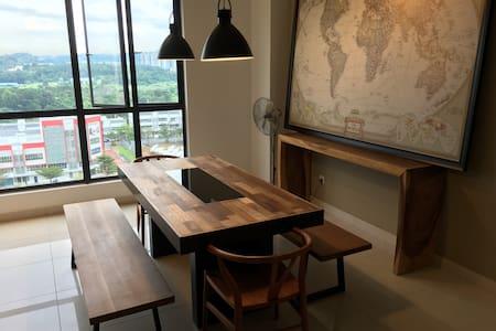 New Condominium in Puchong, Andana @ D Alpinia - Puchong - Bed & Breakfast