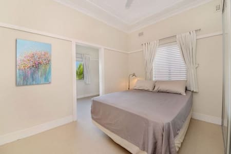 2 bedroom art deco apartment with garden near UNSW - Kingsford - Apartment