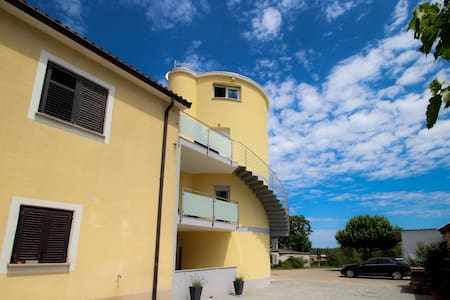 Cosy new apartment in the old grain silo 2 - Novigrad - Apartemen