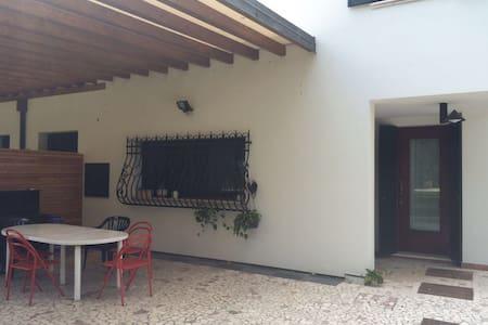 Appartamento vicino al centro di Padova - Padova