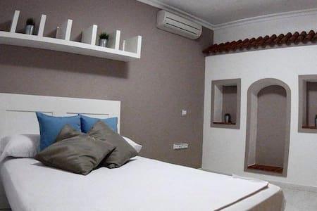 Confortable Habitación Doble en Jesus Ibiza - Rumah