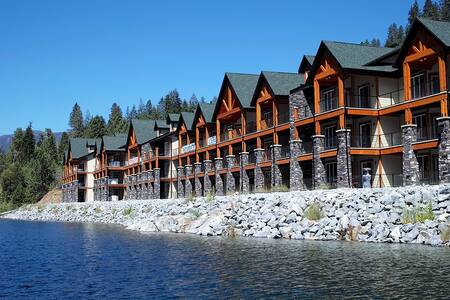 The Waterfront at Arrow Lakes - Castlegar - Condominium