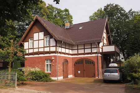 Haus Kogge Usedom App. 1 - Heringsdorf - Apartemen