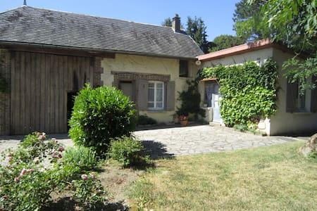 la petite maison de famille - Villemoiron-en-Othe