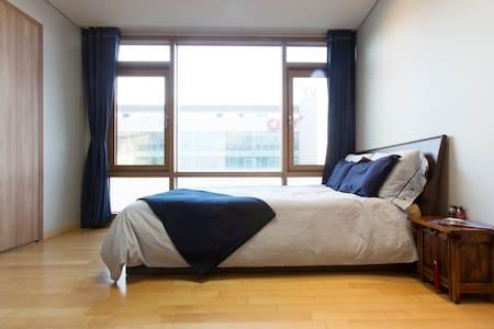 Center of Suwon -3 bedrooms