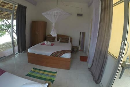 Dinuda KiteSurfing Resort Full Board lagoon Side - Gästehaus