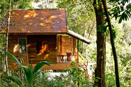 Chestnut Hill Eco Resort - Shawmuang Cottage - Bed & Breakfast