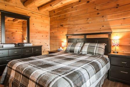 Chalet en bois / Modern cabin - Saint-Ferréol-les-Neiges