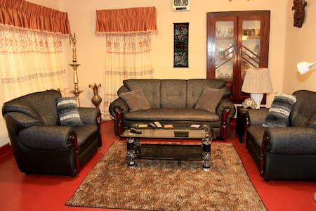 Kent Guest House - 1 - Pension
