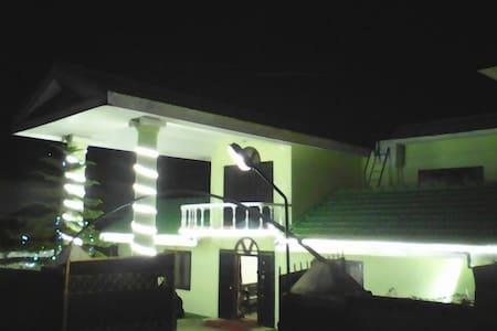 Luxurious stay for 2 at Naidupuram Kodaikanal - Kodaikanal