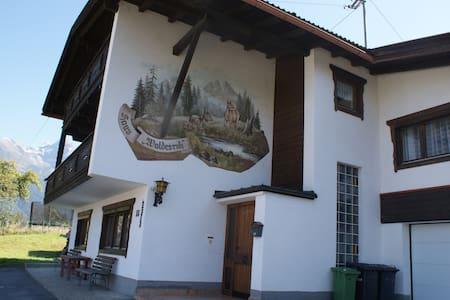 Ferienhaus Waldesruh, 6 bis 18 Pers - Ház