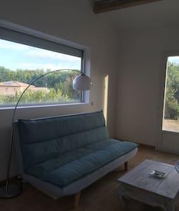 Location studio meublé - Ventabren