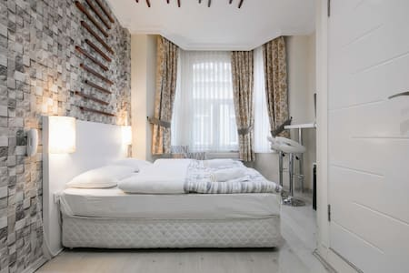 Mayata Suites 202/ Center of Taksim - 아파트