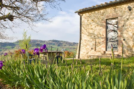 Capanna - Independent barn in Tuscany countryside - Radicondoli - Villa