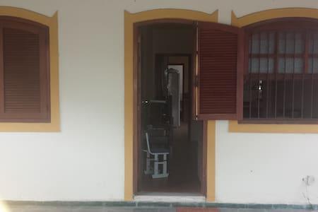 Casa Mobiliada em Rio das Ostras - Rio das Ostras - House