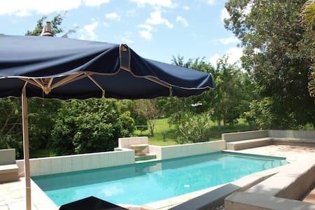 Gold Coast Hinterland Luxury Residence - Lägenhet