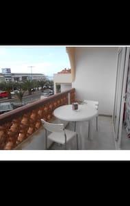 Apartamento a 50 mt del mar - Apartment