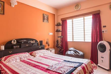 Warm Double Bedroom. - Bangalore - Wohnung