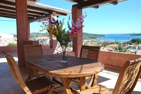 Beautiful double penthouse with sea view- sleeps 5 - Apartment