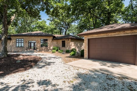 Hickory Knoll cottage - Pensione