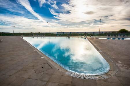 Surf Suite Ericeira - Beach 700m - Swimming Pool - Apartamento