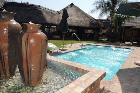 Ukuthula Lodge, Rooiberg - Rooiberg - Bed & Breakfast